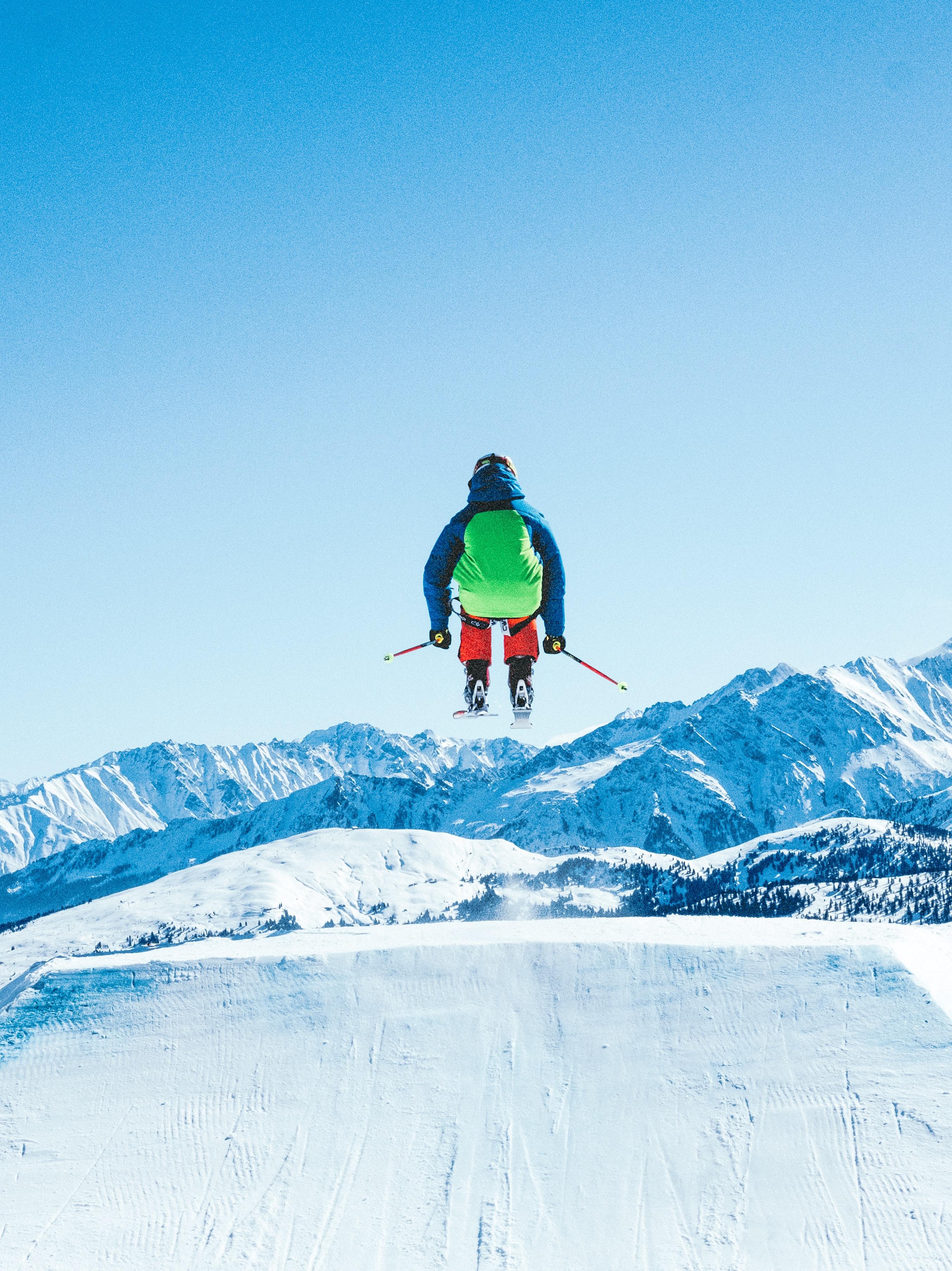 A ski jumper